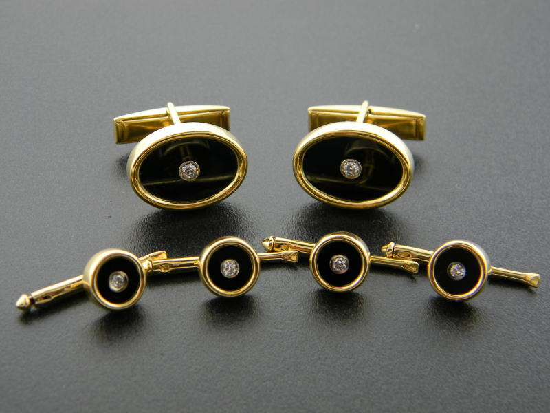 18 karat yellow gold, black onyx and diamond cuff link and stud set : For Him : Aspen Jewelry Designs