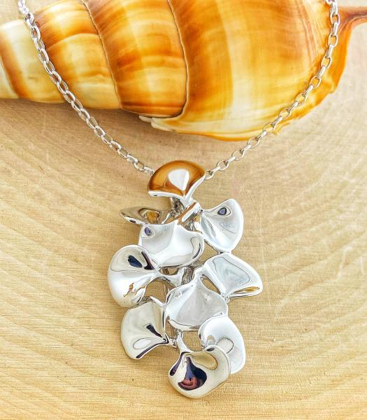 Sterling silver Ginkgo leaf necklace. 510.00